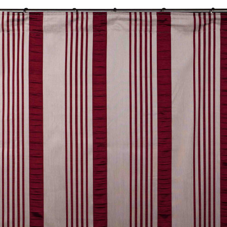 Gathered curtain Castille red